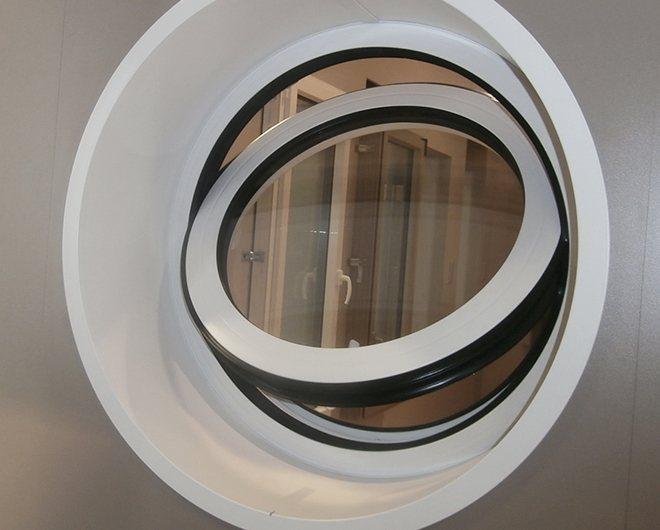 Saturne Oeil De Boeuf Chassis Rond Et Fenetre Arrondie En Aluminium